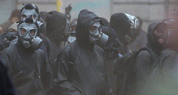 Black Bloc a Milano : benvenuti all'Expo !!