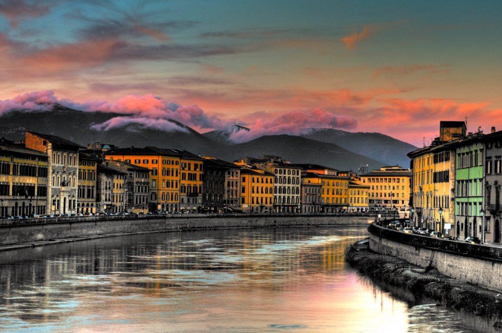 Firenze, Pisa e l'eterna guerra. Intervista semiseria al blogger Cassisa